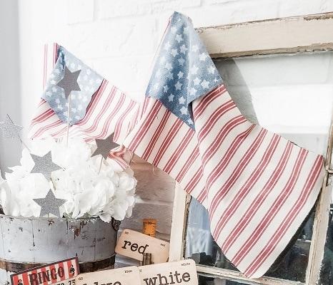 Repurpose Spindles Into Patriotic Farmhouse Flags