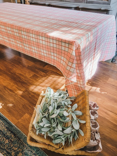 Thrifty ideas for a fall table